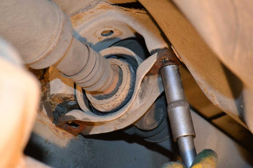 Обслуживание подвесных подшипников кардана